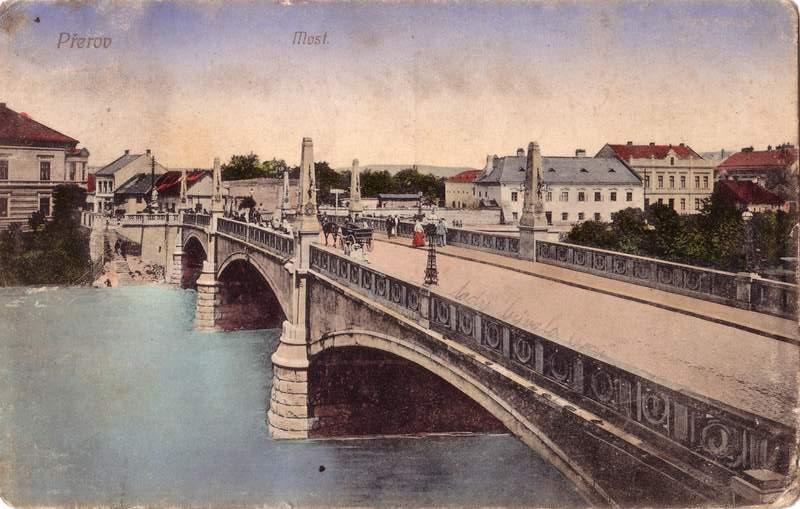http://www.utour.cz/images/pictures/UT/cz_cities/Prerov1.jpg